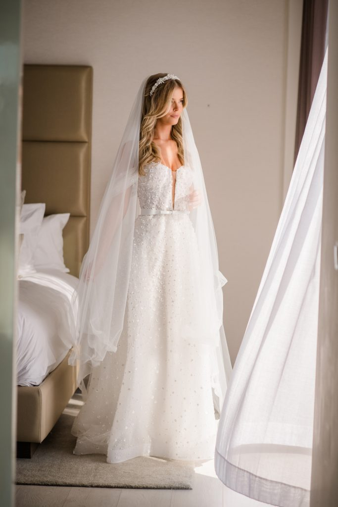 Lee Grebenau bride wears the Noelle